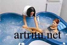Подводный массаж при артрите