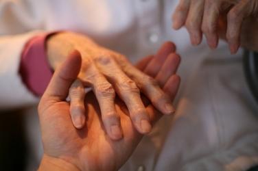 Полиартрит пальцев рук симптомы и лечение фото