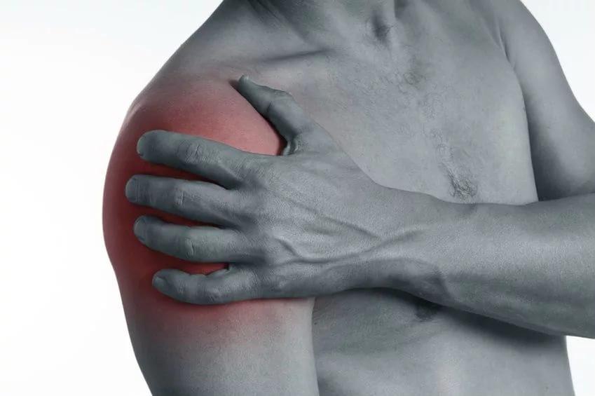 Болит правое плечо, болит плечо правой руки что делать и как лечить