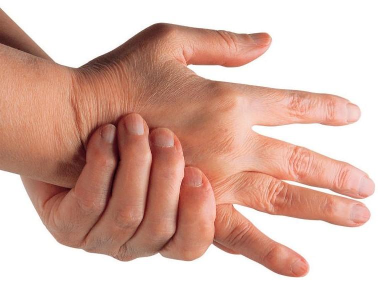 Медикаментозное лечение болей в суставах