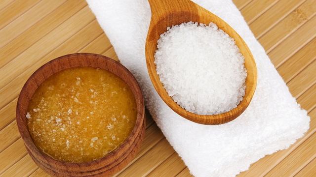 Лечение артроза медом с солью