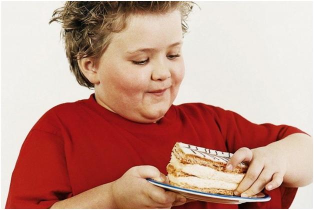 лишний вес способствует развитию плоскостопия