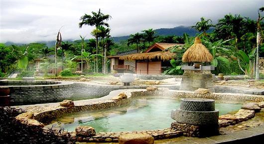 На острове Хайнань есть много термальных источников