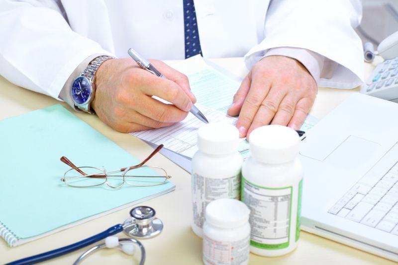 лечение назначить может только специалист
