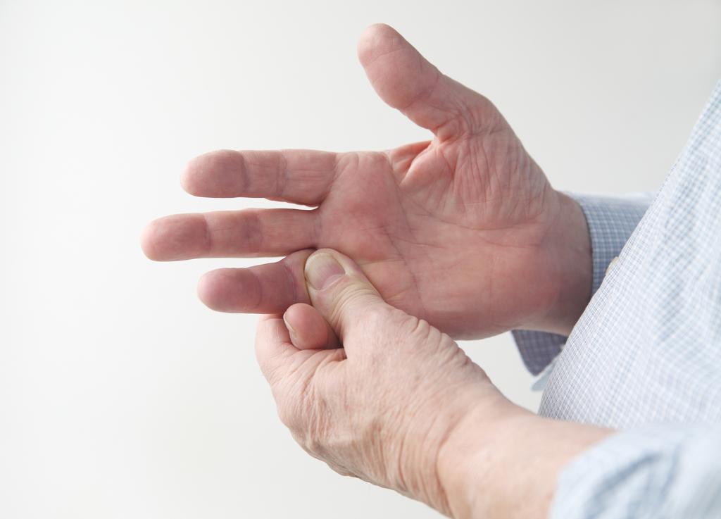Опухли пальцы на руках