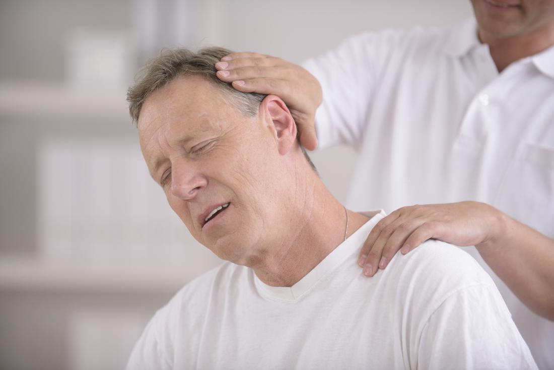 Боли в шее