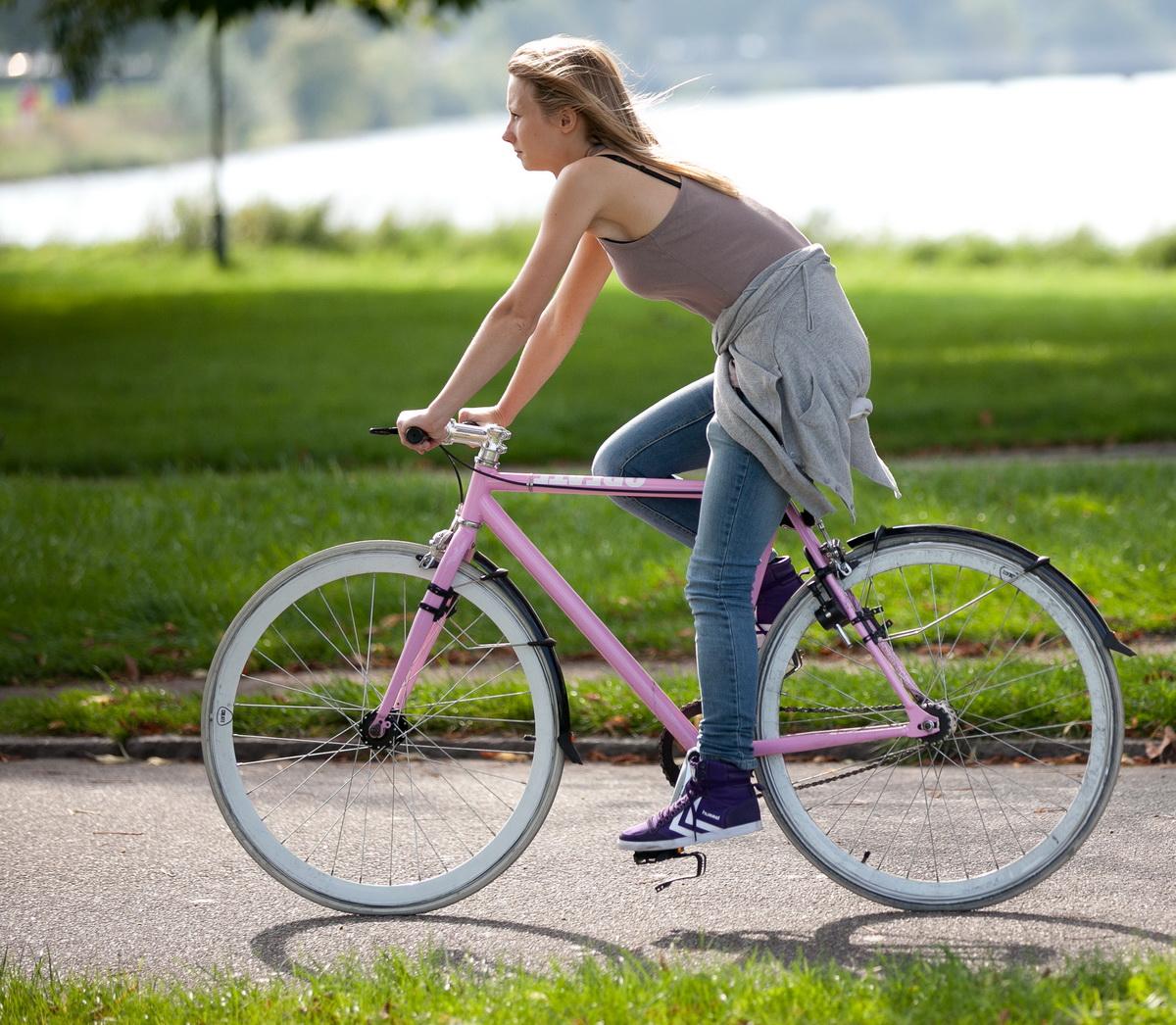 Катание на велосипеде при остеохондрозе
